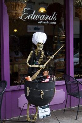 Cafe Skeleton