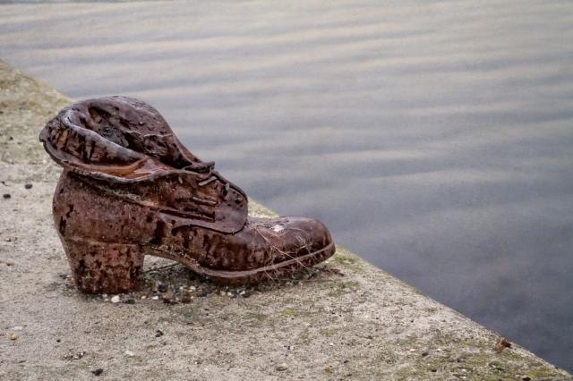 cast iron shoe